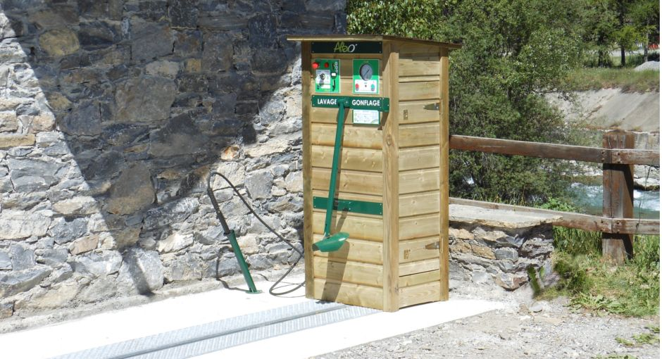 station-lavage-gonflage-pour-velo-altao-modulo-bd