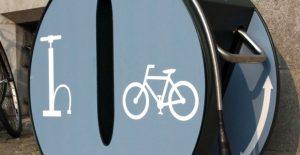 Borne de gonflage pour cycliste