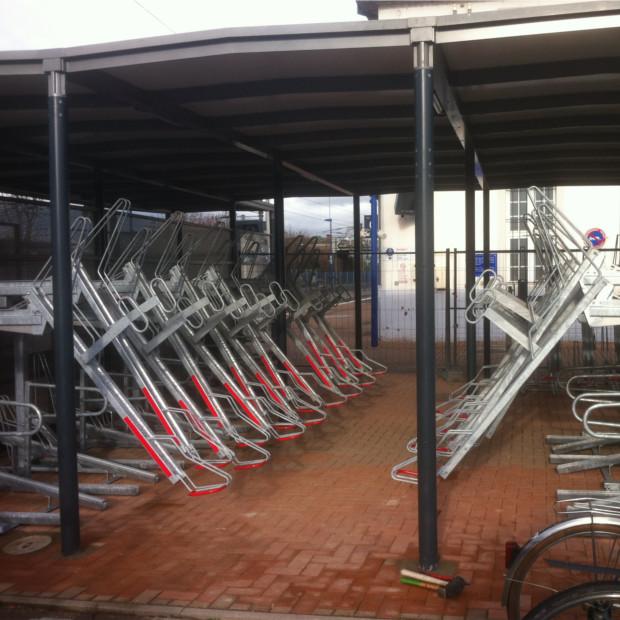 racks de stationnement vélos