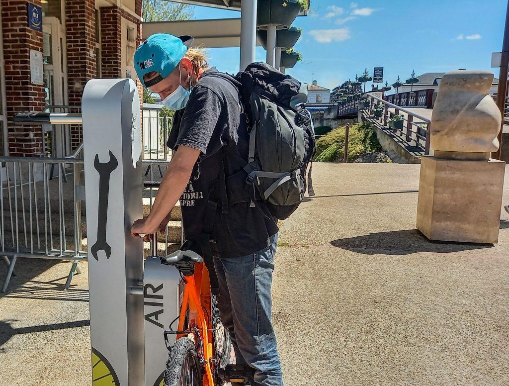 borne de réparation vélo ALTAO Fix'Air