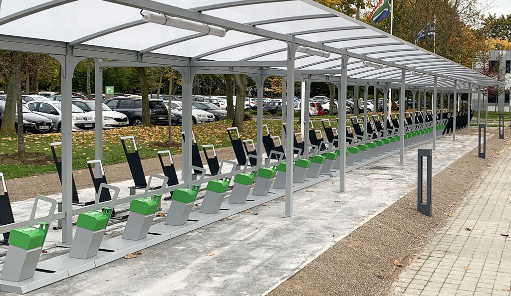 parking vélo d'entreprise bien équipé