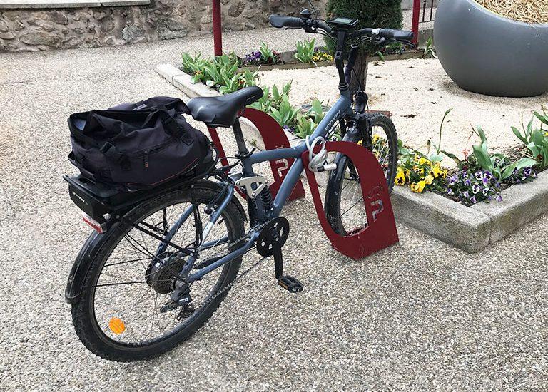 parking vélo en ville sur arceau ALTAO Voile
