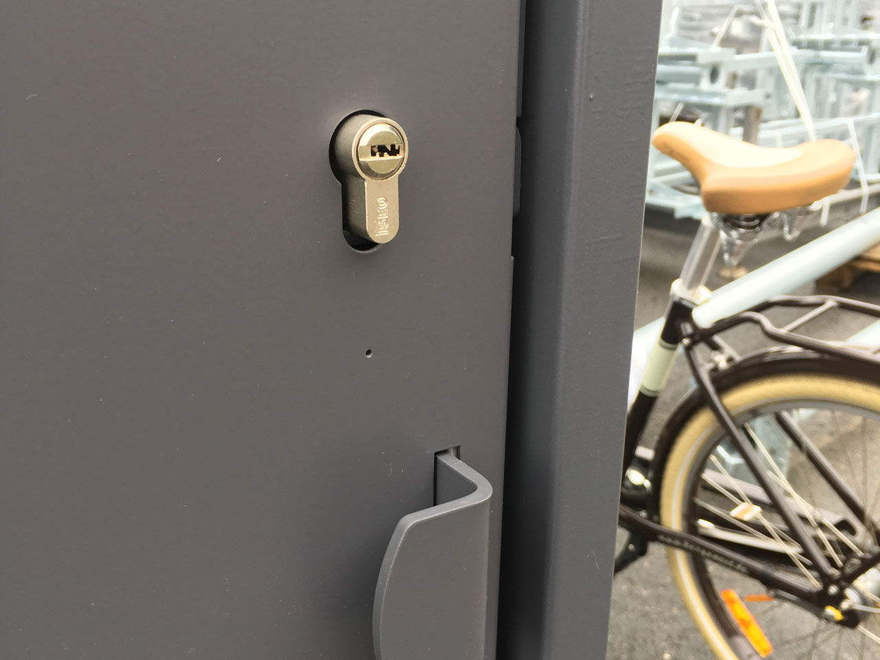 box vélo sécurisé ALTAO Cocoon avec fermeture par clé