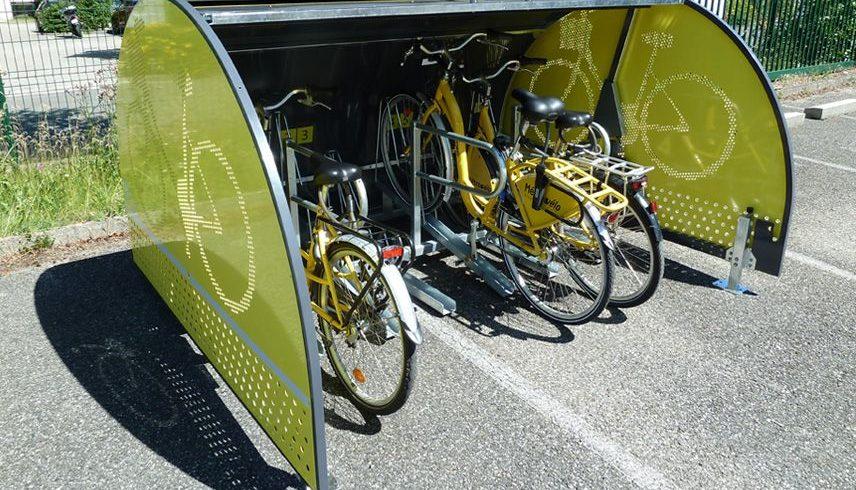 ALTAO Cover Minibox ouvert avec vélos