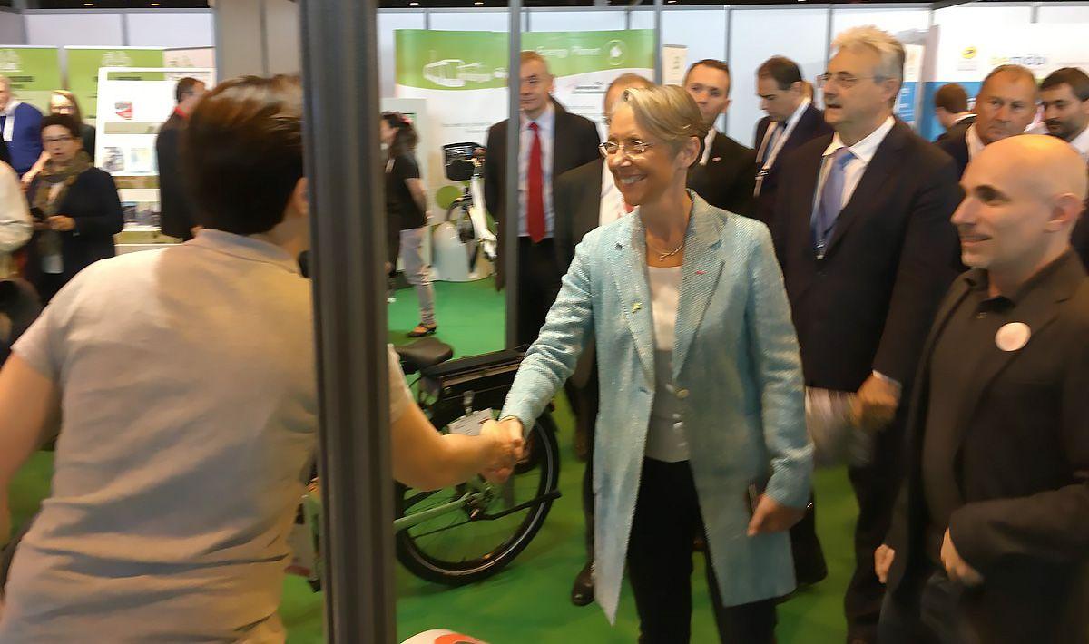visite de la ministre des transports sur le stand Altinnova Transports Publics
