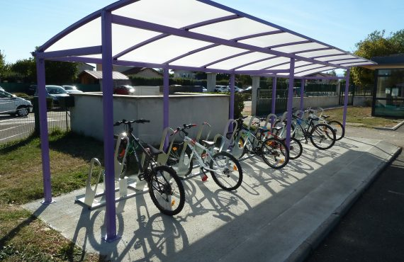parking à vélos à Bonson