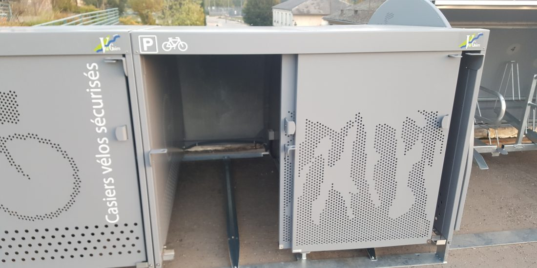 intérieurs des nouveaux box à vélos de Val Guiers