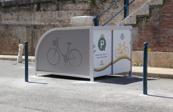box à vélos pour cyclotouristes