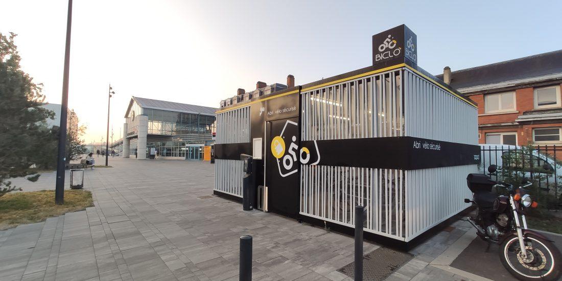 Abri vélo Cigogne de la gare de Béthune