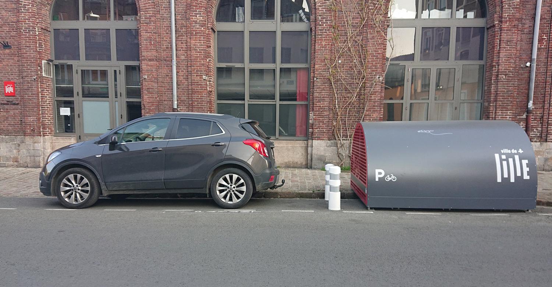 box de stationnement vélos résidentiel installé à Lille