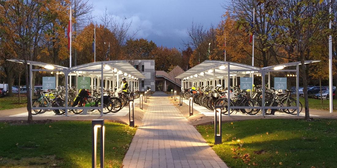 un parking à vélos juste installé et déjà plébiscité par les salariés