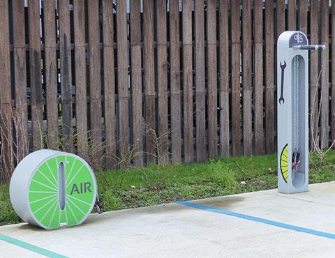 station de services pour les cyclistes en entreprise