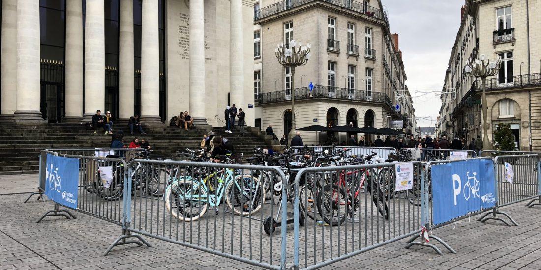 stationnement vélos provisoire à Nantes