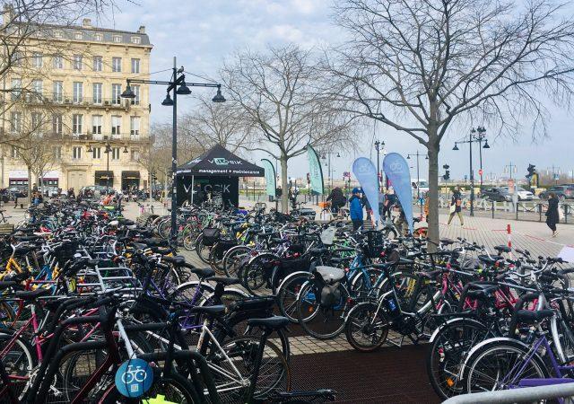 parking vélos événementiel du Congrès FUB à Bordeaux