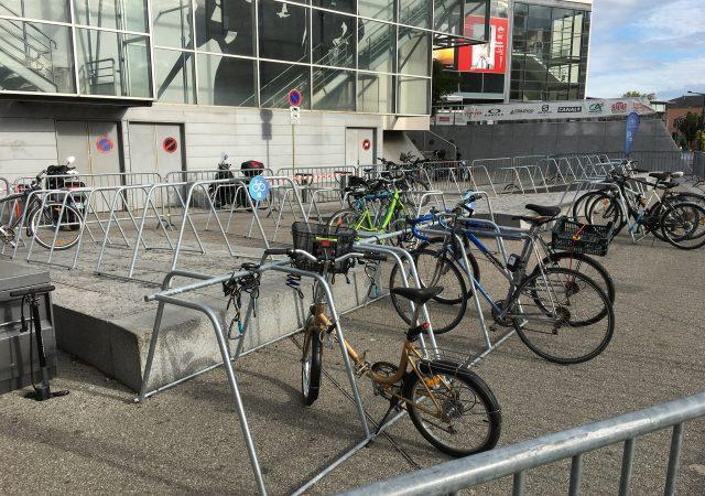 parking vélos provisoire utilisant borne vélo ALTAO Mobile