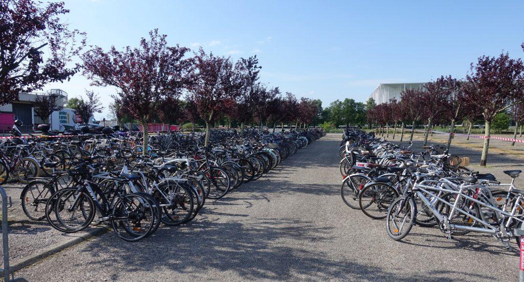 exemple de parking vélos provisoire Wheelskeep