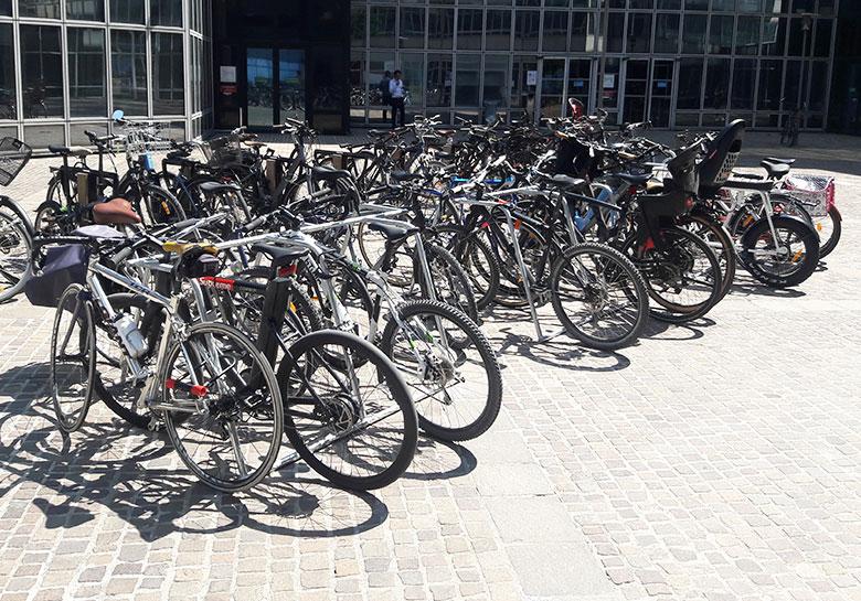 arceaux de stationnement vélos éphémère