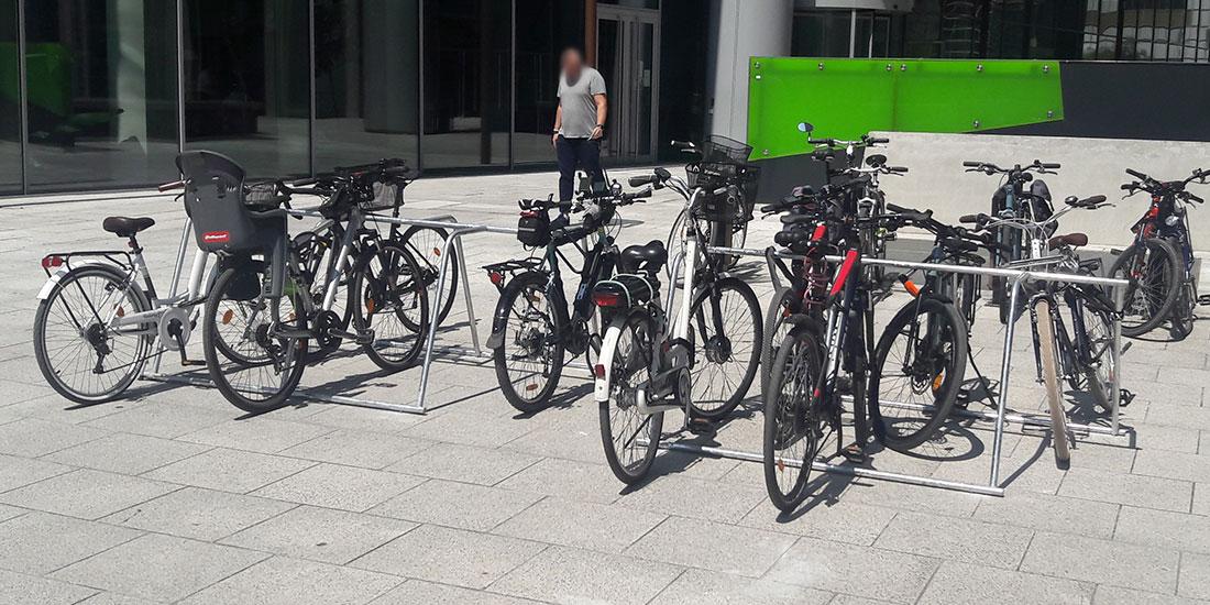 parking vélos temporaire de Paris la Défense