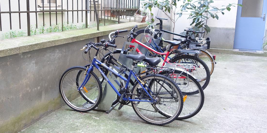 stationnement vélo dans une copropriété parisienne