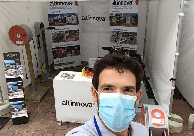 le stand du spécialiste des équipements et services pour vélos : Altinnova