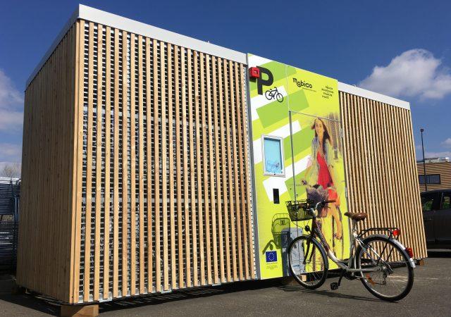 abris vélos innovants et solaires Abri Cigogne® de Bourgogne-Franche-Comté
