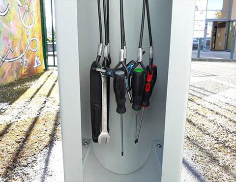 outils en libre-service pour réparer son vélo ALTAO