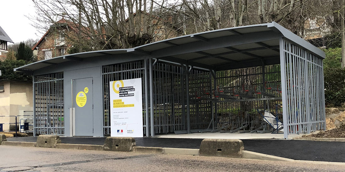 Parcs de stationnement vélos en gares de Paris Saclay