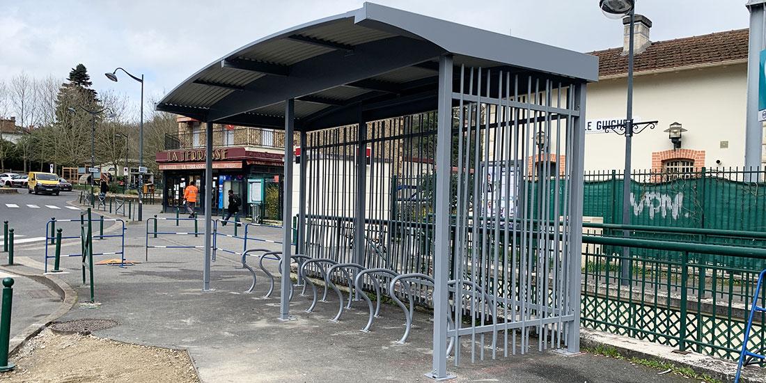 parking vélo en gare d'Orsay