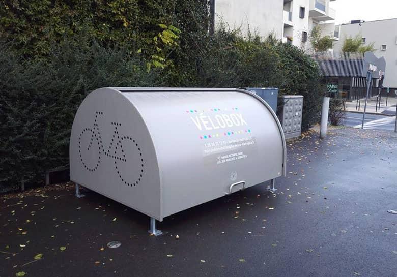 un Vélobox installé par Bordeaux Métropole