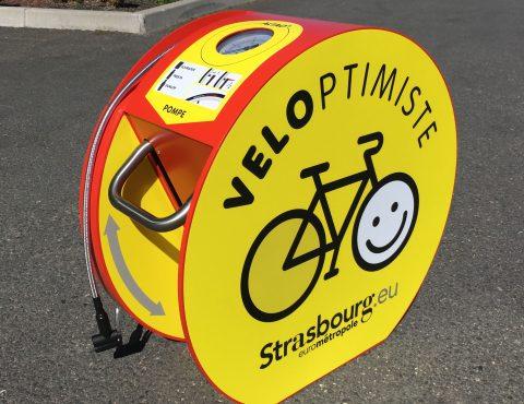 gonfleur de bicyclettes avec un joli graphisme personnalisé