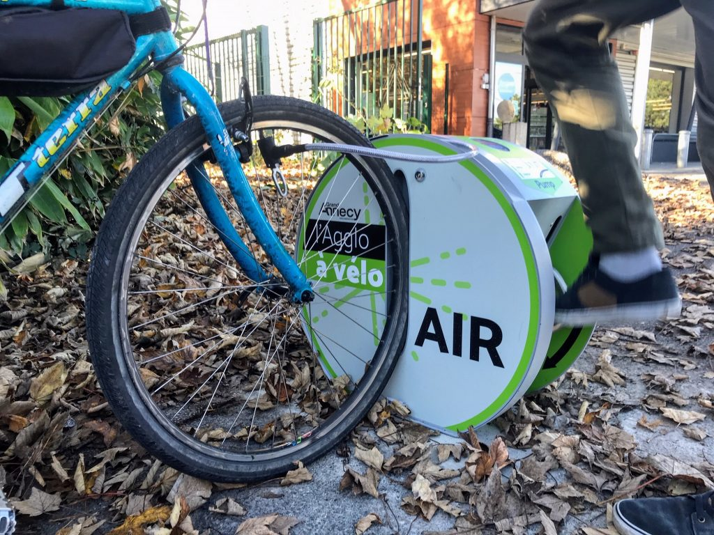 borne de gonflage vélo ALTAO Pump