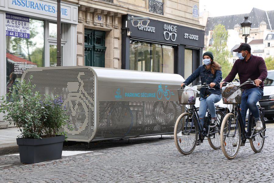 """photo d""""un abri vélo d'Altinnova paru dans l'article de L'Usine Nouvelle"""