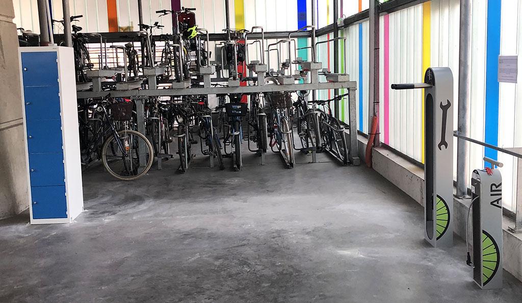 local vélo équipé pour les cyclistes