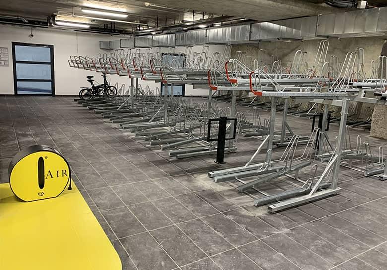 Nouveau stationnement vélos à Lyon