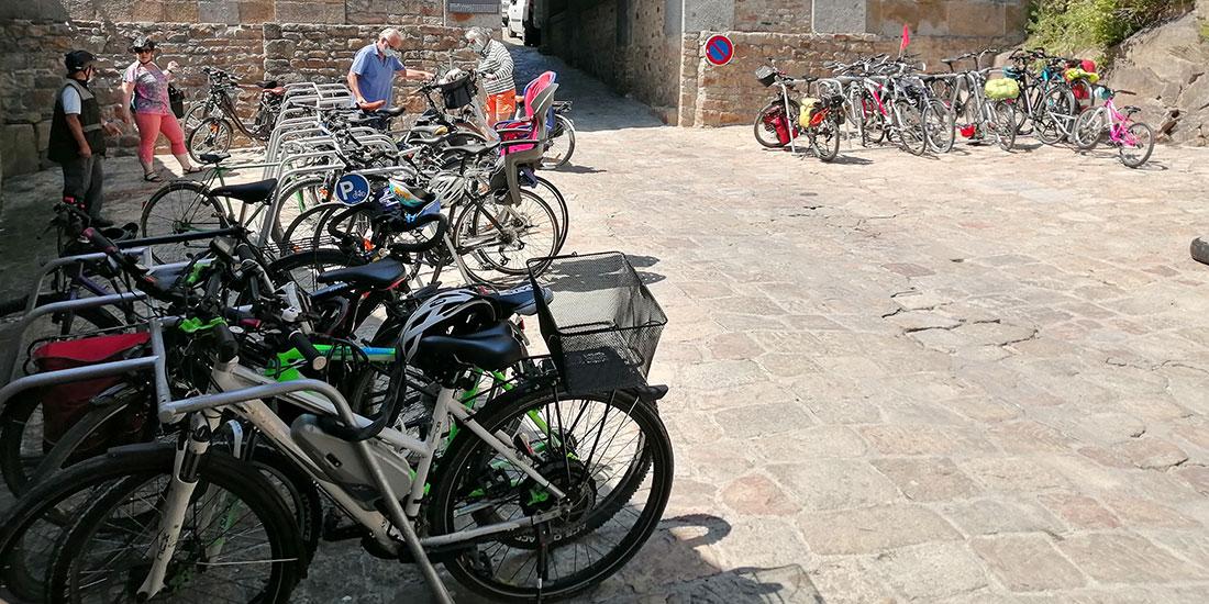arceaux vélos à disposition des cyclistes